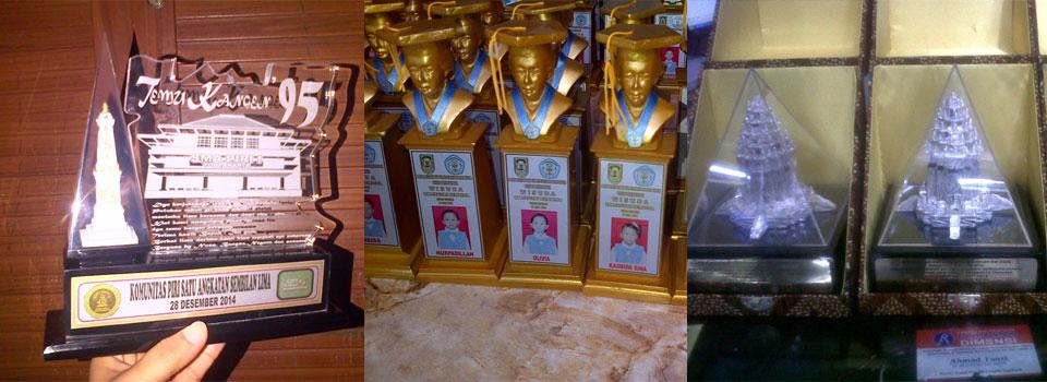 Pusat Plakat, Piala, Medali, Paket Wisuda