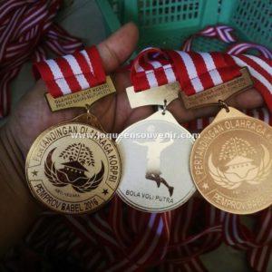 harga medali murah produksi medali