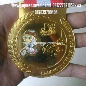 pembuatan produksi medali indonesia