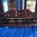 pembuatan produksi papan nama meja