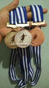 produksi medali lomba