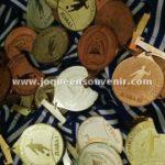 produksi samir plakat medali