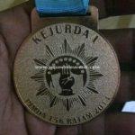 pembuatan medali murah